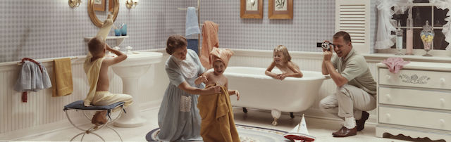 saturday-night-bath-1964-colorama-234-c2bd-kodak-_1